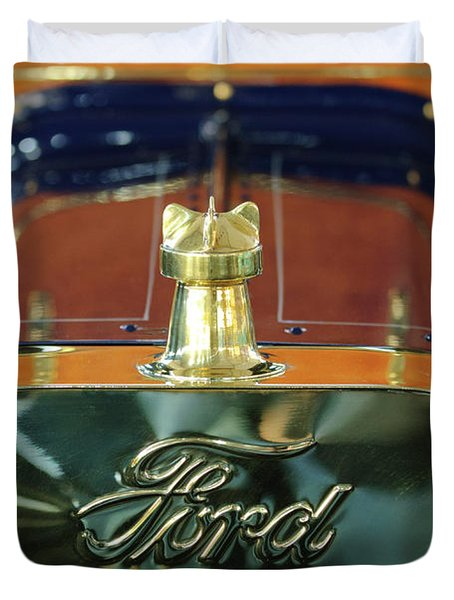 1911 Ford Model T Runabout Hood Ornament Duvet Cover by Jill Reger