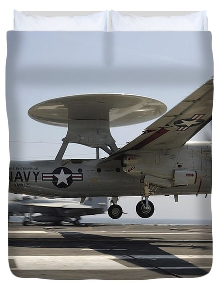 An E-2c Hawkeye Lands Aboard Duvet Cover by Stocktrek Images