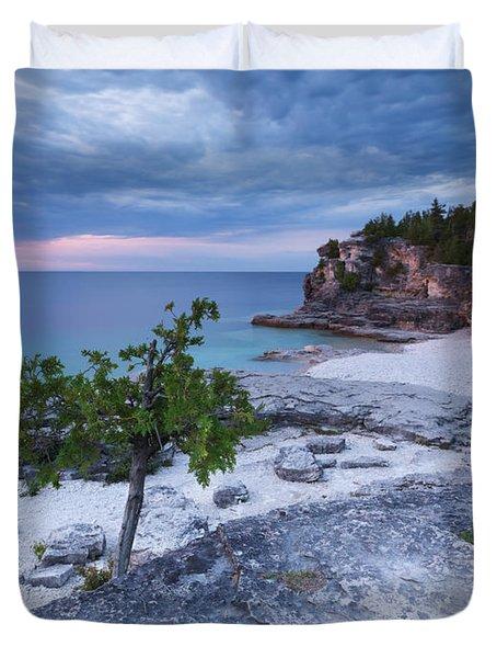Georgian Bay Cliffs At Sunset Duvet Cover by Oleksiy Maksymenko