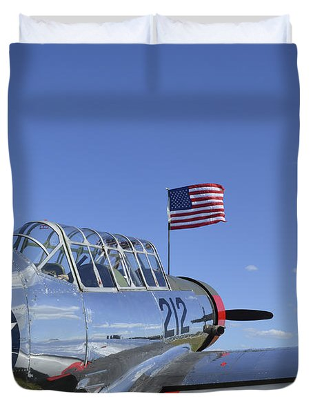A Bt-13 Valiant Trainer Aircraft Duvet Cover by Stocktrek Images