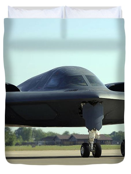 A B-2 Spirit Taxis Onto The Flightline Duvet Cover by Stocktrek Images