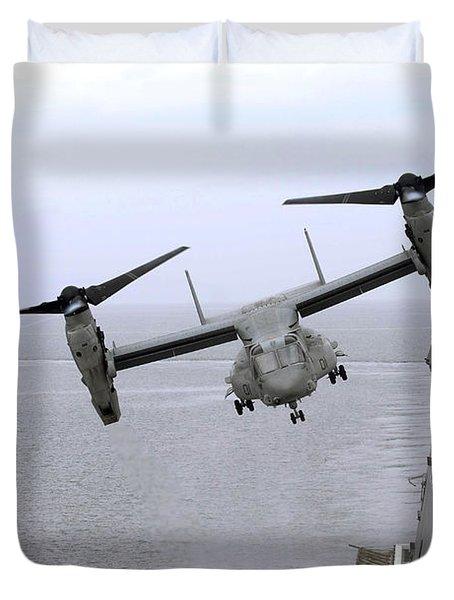 An Mv-22b Osprey Takes Duvet Cover by Stocktrek Images