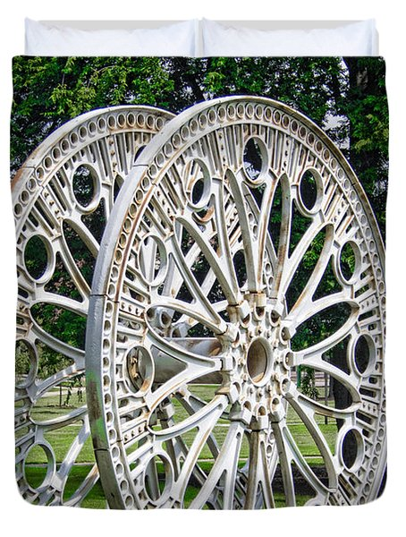 Antique Paddle Wheel University Of Alabama Birmingham Duvet Cover by Kathy Clark