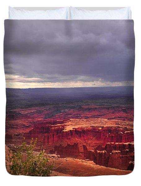 Approaching Storm  Duvet Cover by Robert Bales