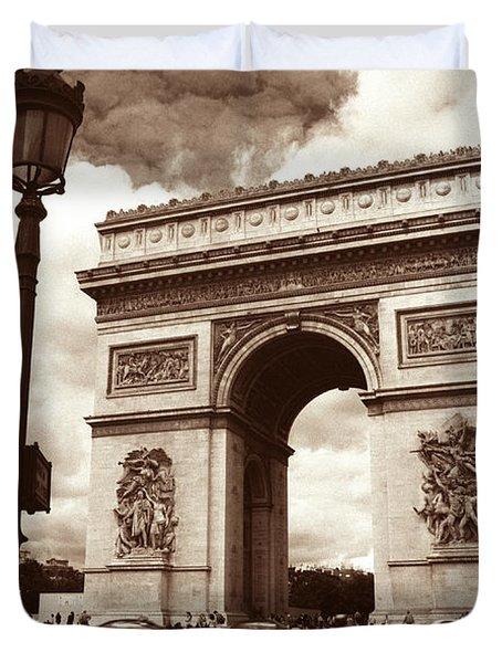 Arc de Triomphe Duvet Cover by Kathy Yates
