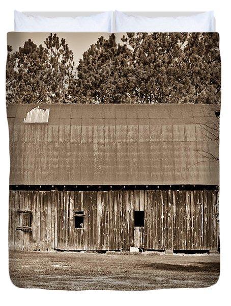 Barn and Silo 2 Duvet Cover by Douglas Barnett
