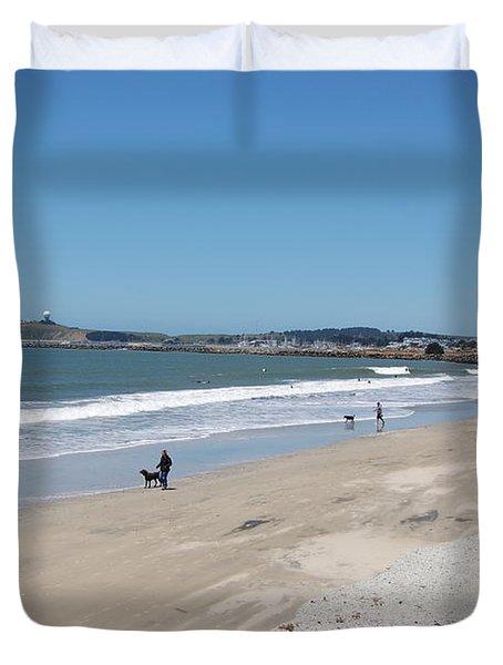 Beach At El Granada Duvet Cover by Carolyn Donnell