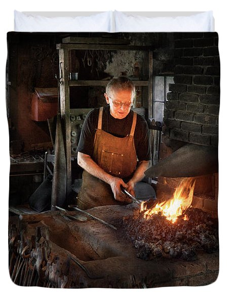 Blacksmith - Blacksmiths like it hot Duvet Cover by Mike Savad