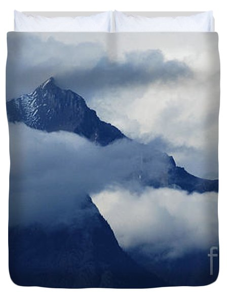 Blue Canadian Rockies Duvet Cover by Bob Christopher