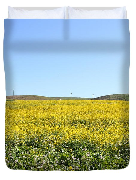 Bodega Bay . Yellow Field . 7D12403 Duvet Cover by Wingsdomain Art and Photography