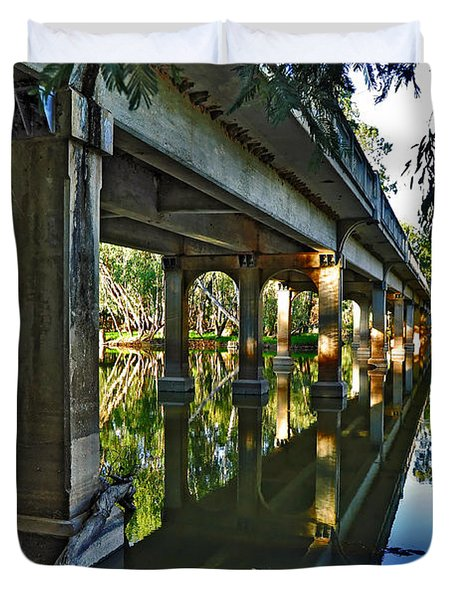 Bridge over Ovens River Duvet Cover by Kaye Menner