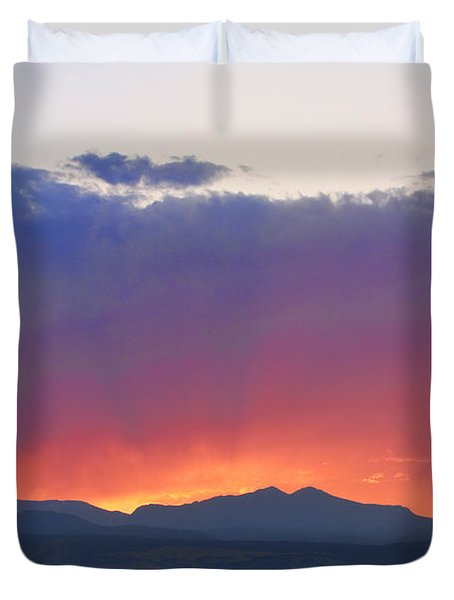 Burning Rays Of Sunset Duvet Cover by James BO  Insogna