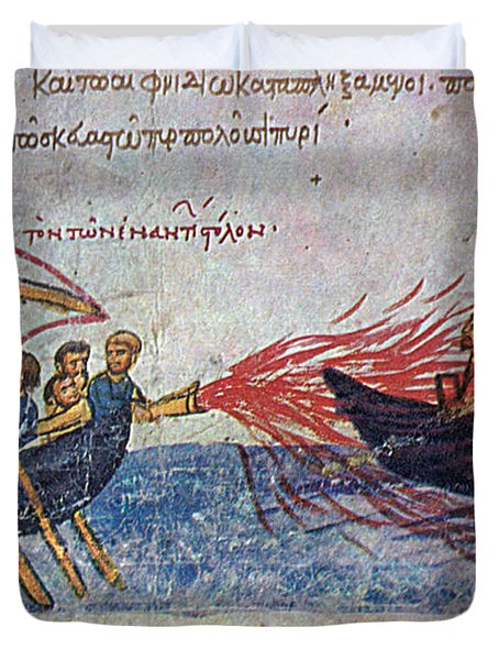 Byzantine Sailors  Duvet Cover by Photo Researchers