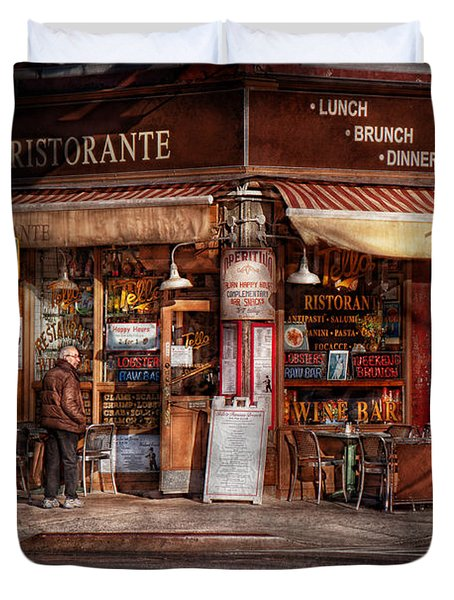 Cafe - Ny - Chelsea - Tello Ristorante Duvet Cover by Mike Savad