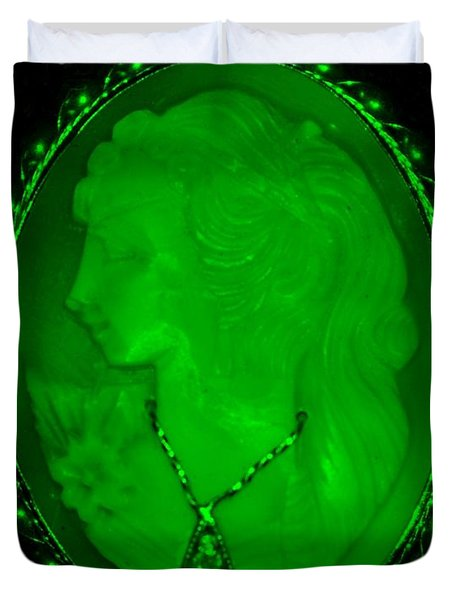 Cameo In Green Duvet Cover by Rob Hans