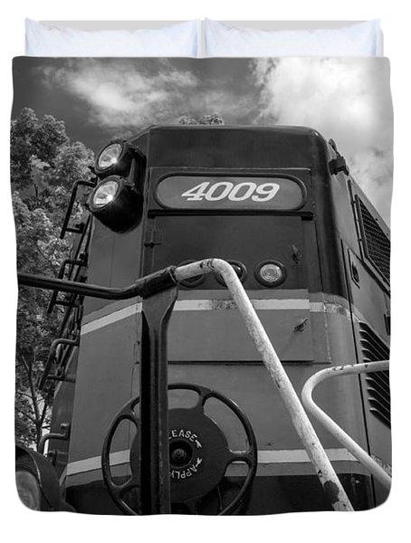 Ccgx  4009 14950b Duvet Cover by Guy Whiteley