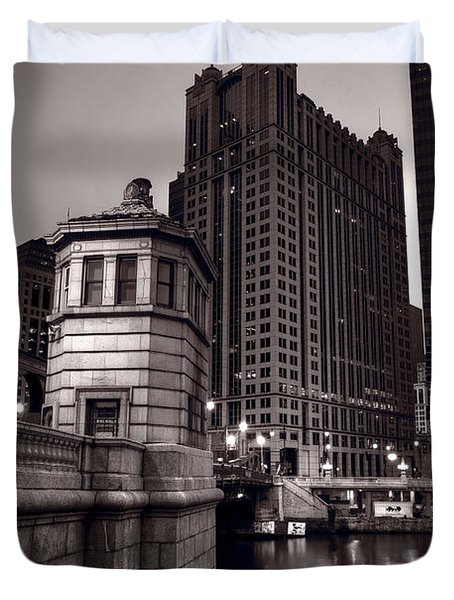 Chicago River Bridgehouse Duvet Cover by Steve Gadomski