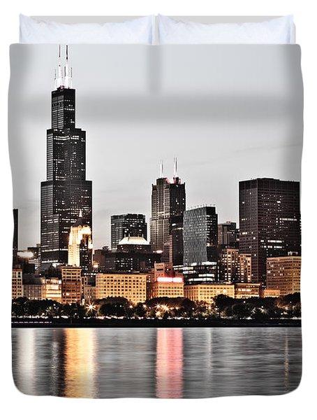 Chicago Skyline at Dusk Photo Duvet Cover by Paul Velgos