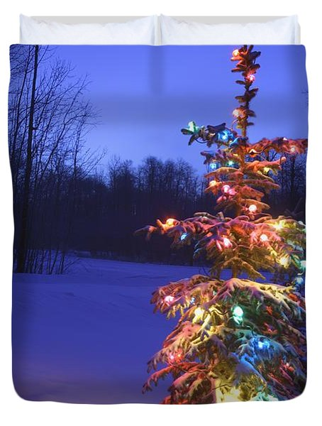 Christmas Tree Outdoors Under Moonlight Duvet Cover by Carson Ganci