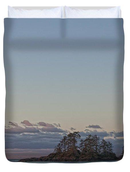 Combers Beach At Dawn, Tofino, British Duvet Cover by Robert Postma