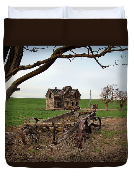 Country Home And Wagon Duvet Cover by Athena Mckinzie