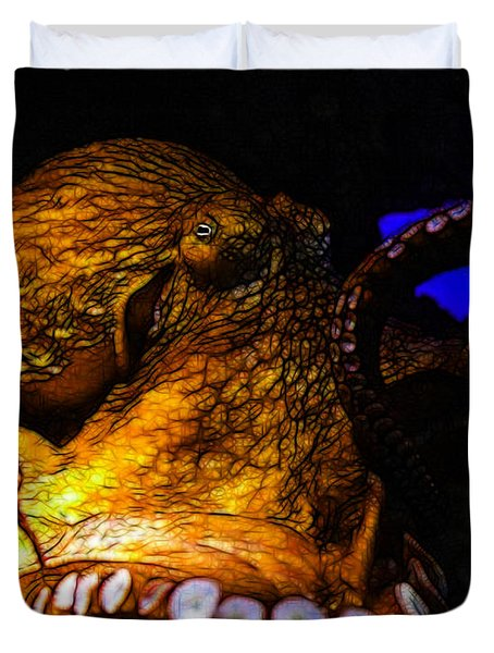 Creatures Of The Deep - The Octopus - V6 - Gold Duvet Cover by Wingsdomain Art and Photography