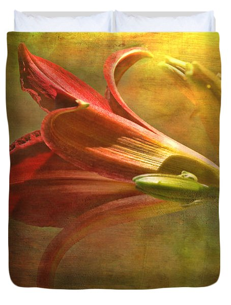 Daylily Photoart With Texture II  Duvet Cover by Debbie Portwood