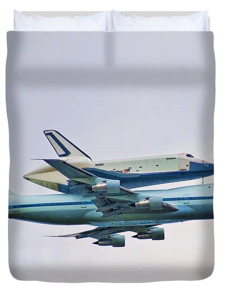 Enterprise 5 Duvet Cover by S Paul Sahm