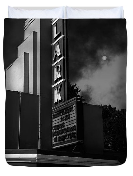 Evening At The Lark - Larkspur California - 5d18484 - Black And White Duvet Cover by Wingsdomain Art and Photography