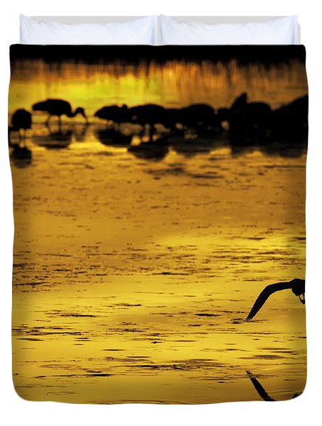 Flying Home - Florida Wetlands Wading Birds Scene Duvet Cover by Rob Travis