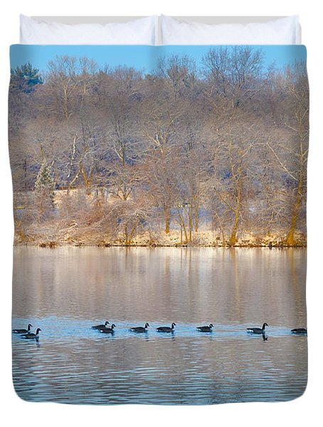 Geese In The Schuylkill River Duvet Cover by Bill Cannon