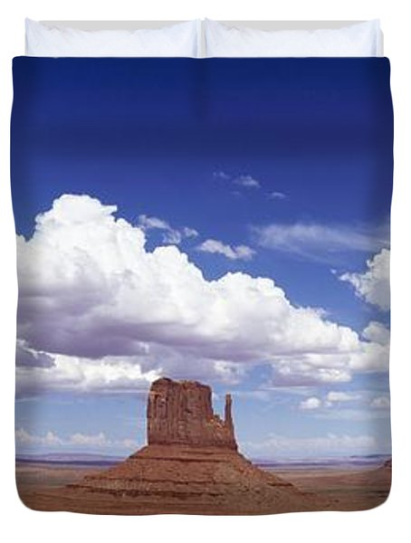 Glove Buttes And Clouds Duvet Cover by Axiom Photographic