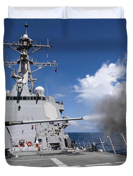Guided-missile Destroyer Uss Pinckney Duvet Cover by Stocktrek Images