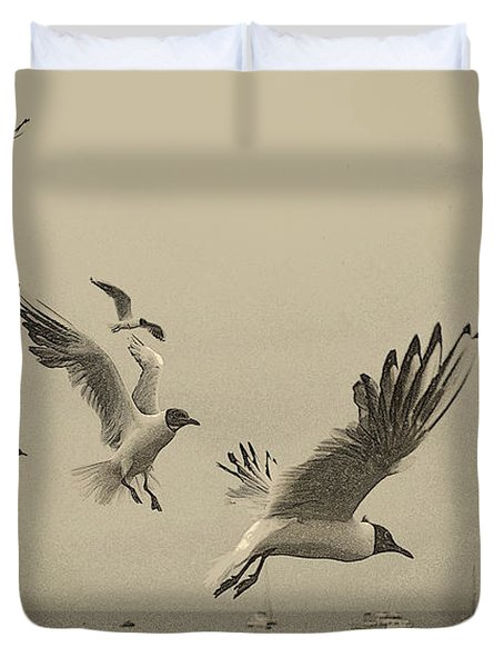 Gulls Duvet Cover by Linsey Williams