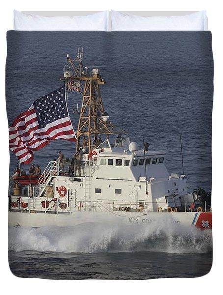 He U.s. Coast Guard Cutter Adak Duvet Cover by Stocktrek Images