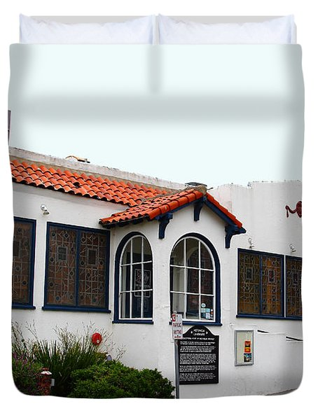 Historical Moss Beach Distillery at Half Moon Bay . 7D8168 Duvet Cover by Wingsdomain Art and Photography