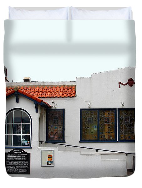 Historical Moss Beach Distillery At Half Moon Bay . 7d8172 Duvet Cover by Wingsdomain Art and Photography