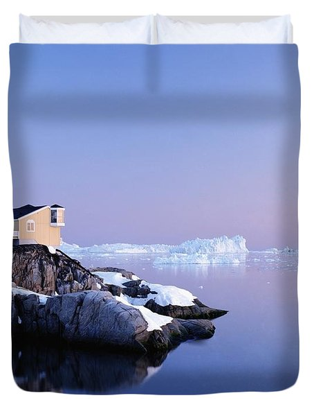 Houses On The Coastline With Icebergs Duvet Cover by Axiom Photographic