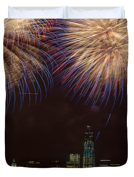 Hudson River Fireworks XI Duvet Cover by Clarence Holmes