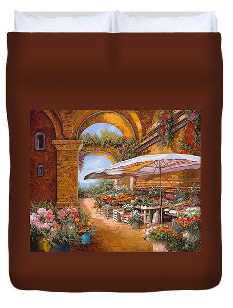 il mercato sotto i portici Duvet Cover by Guido Borelli
