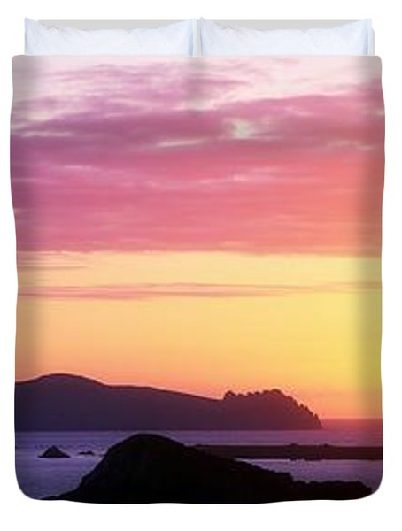 Inishtookert Island Blasket Islands, Co Duvet Cover by The Irish Image Collection