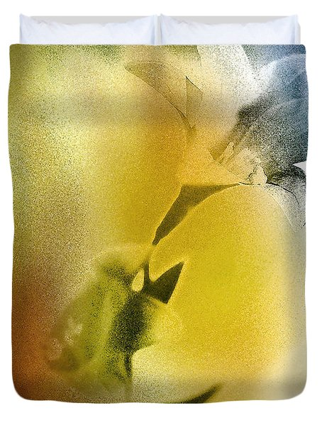 Lilly Duvet Cover by Mauro Celotti