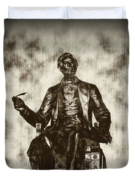 Lincoln - Pen In Hand Duvet Cover by Bill Cannon