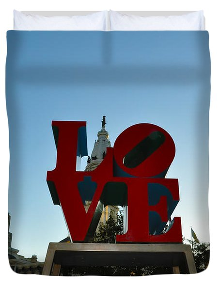 Love Park in Philadelphia Duvet Cover by Bill Cannon