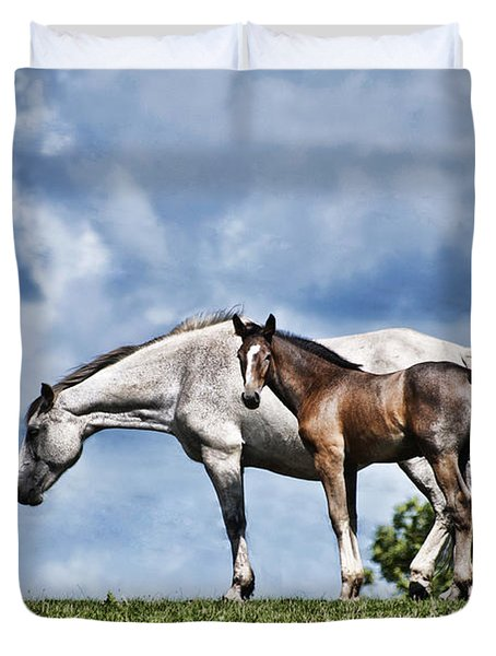 Mare And Foal Duvet Cover by Steve Purnell