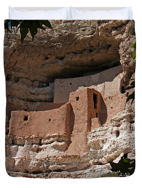 Montezuma Castle Cliff Dwellings In The Verde Valley Of Arizona Duvet Cover by Elizabeth Rose
