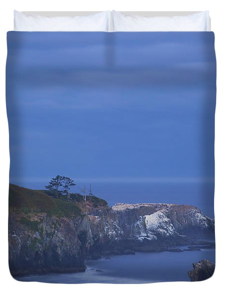 Morning Light Over Yaquina Head Duvet Cover by Craig Tuttle