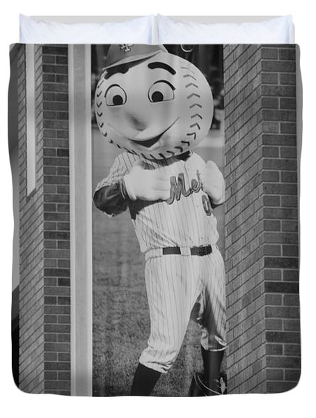 MR MET in BLACK AND WHITE Duvet Cover by ROB HANS