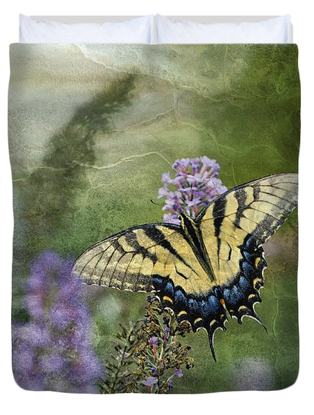 My Mothers Garden - D007041 Duvet Cover by Daniel Dempster