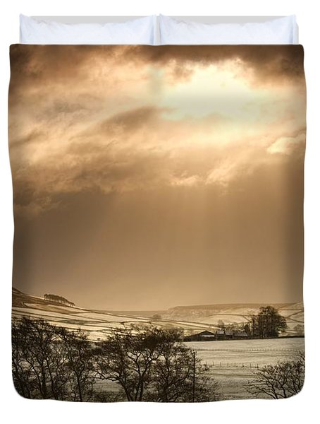 North Yorkshire, England Sun Shining Duvet Cover by John Short